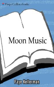 Moon Music (Paperback)