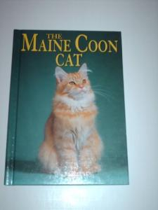 The Maine Coon Cat (Learning About Cats)